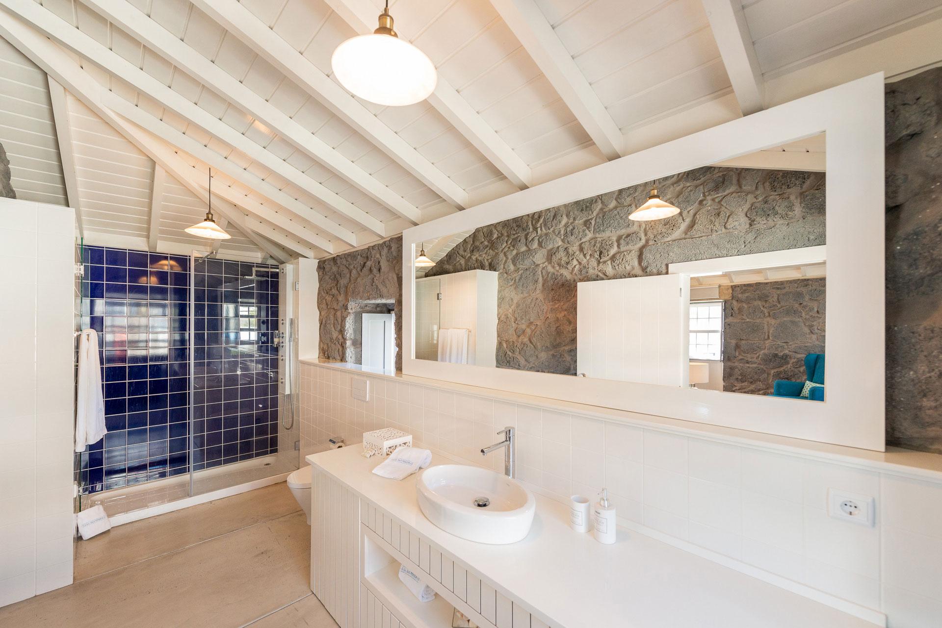WC - Suite - 1.º Piso - T1